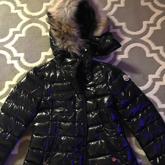 Moncler Armoise Short Down Jacket